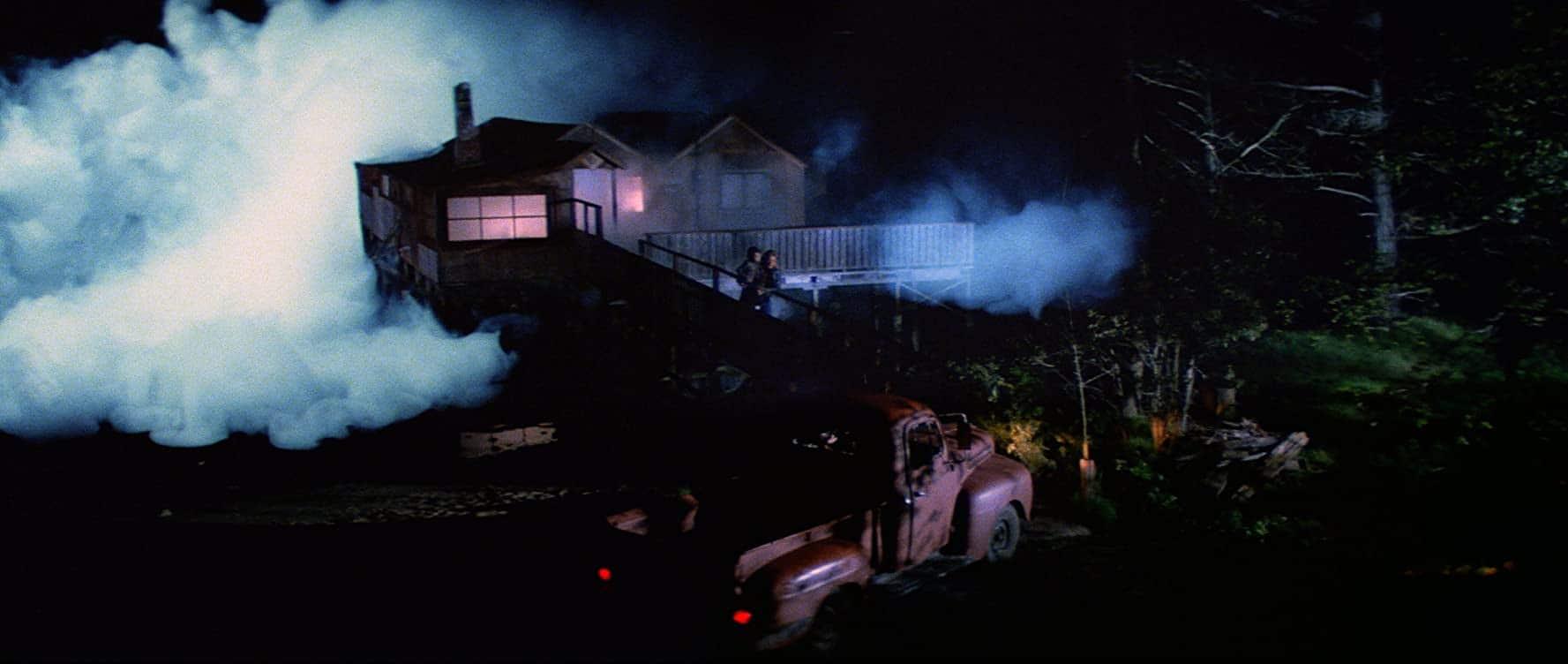The fog creeps in in John Carpenter's The Fog