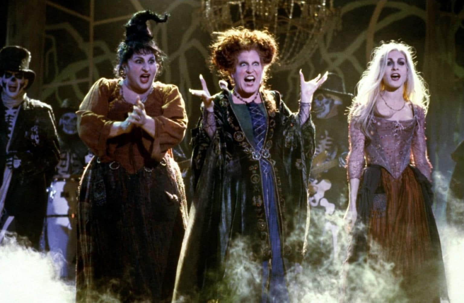 Bette Midler, Sarah Jessica Parker and Kathy Najimy in the film Hocus Pocus